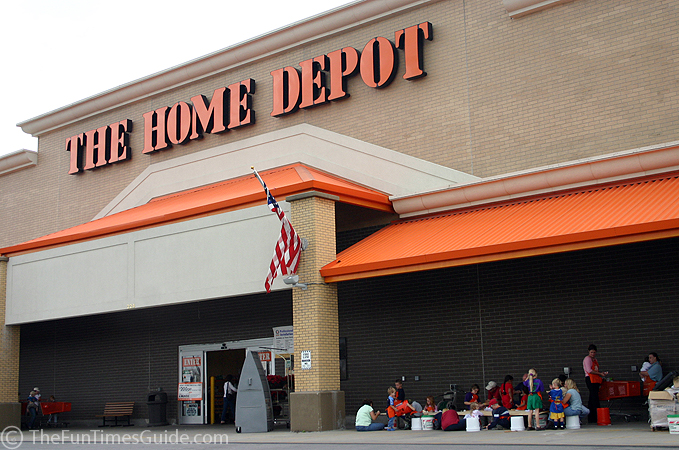 home depot teaching kids to build