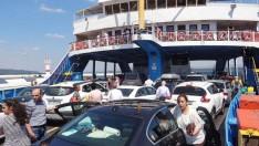Boğaz'dan 9 günde 160 bin araç geçti