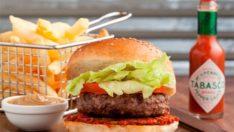 BurgerLab'dan acı sevenlere özel hamburger