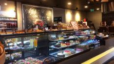 Simit Sarayı Londra'daki sekizinci mağazasını Shaftesbury'de açtı