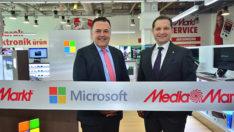 Microsoft, Türkiye'deki ilk mağazasını açtı