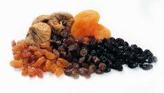 Şekerin alternatifi kuru meyveler
