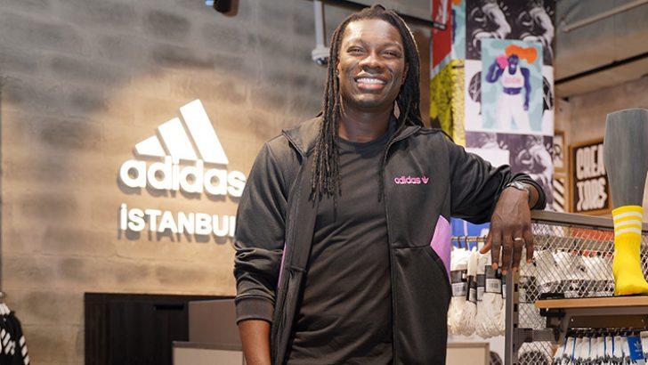 Adidas yeni mağazasını Akmerkez'de ünlü futbolcu Bafétimbi Gomis ile açtı